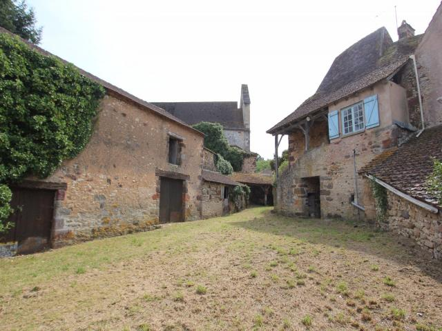 Carves, Dordogne - Eur 75000 - Former Farm House And Outbuildings - 1/1