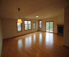 House for sale in west bend, wisconsin, 53090, $155000